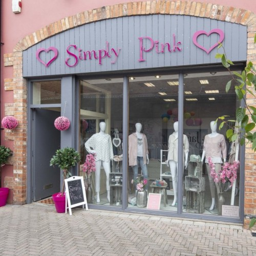 Simply Pink - DUGA6889copy_76edb4dbe690f25ba14904ad4b5bd11d