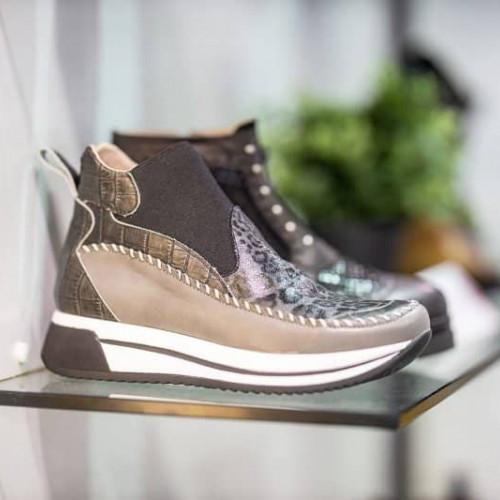 Panache Shoe Company - EOSR0187_c94c91a58ddbd4bf5a0bbe48664c8d66