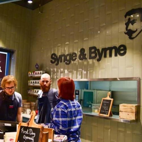 Synge and Byrne - L-14_e68090de9065a0aeff99bd1d55dcc9ef